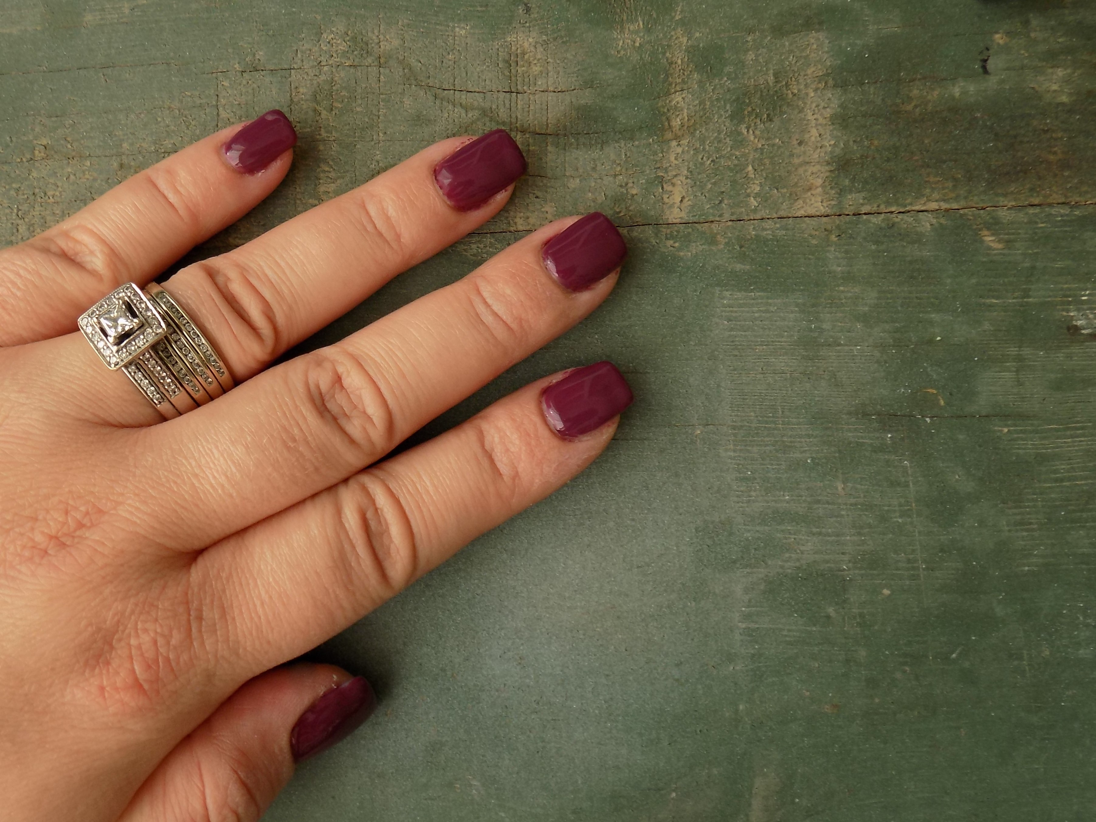 DIY Acrygel Nails - The Motherly Escape